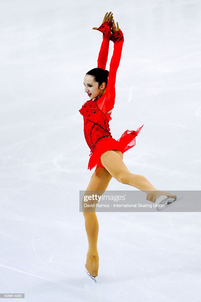 Полина Цурская - Страница 2 Polina-tsurskaya-of-russia-performs-during-the-junior-ladies-short-picture-id500814062