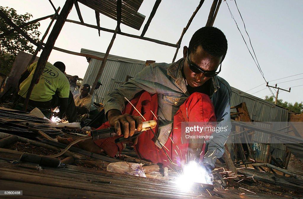 Polio Victims In Nigeria Work To Escape Poverty : Stock Photo