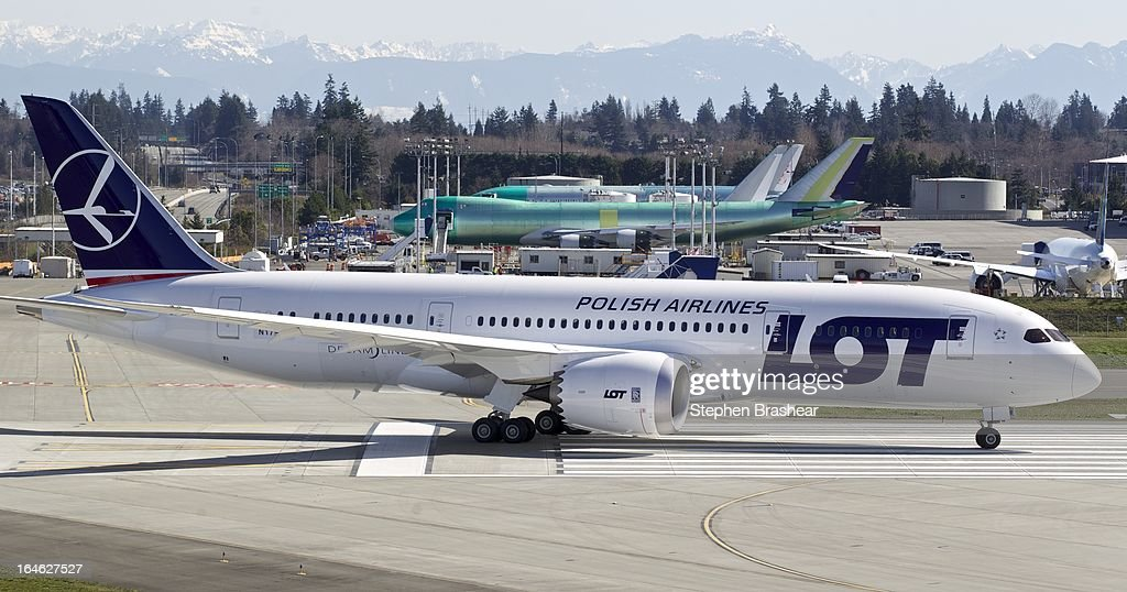 Polish Airlines Boeing 787 Dreamliner, with a redesigned lithium ion battery, taxis from the flight line to the runway before a test flight March 25, 2012 at Paine Field in Everett, Washington. The 787 has been grounded since January after problems with the lithium ion battery.