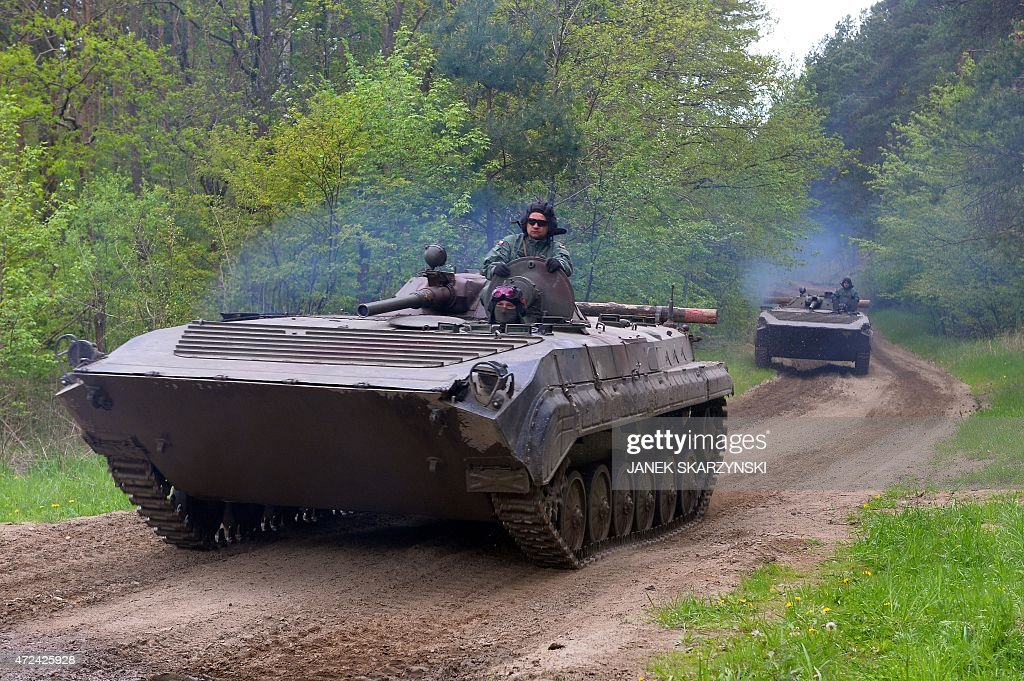 Polish armored vehicles exercise at the taining range in Drawsko Pomorskie on May 7 2015 AFP PHOTO / JANEK SKARZYNSKI