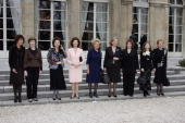 Polish first lady Jolanta Kwasniewska US first lady Laura Bush Egyptian first lady Suzanne Mubarak Queen Silvia of Sweden French first lady...