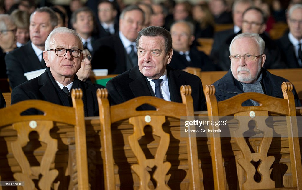 Politicans Hans-Gerd Poettering, Gerhard Schroeder and Lothar de Maiziere (L-R) attends the memorial service for the late former German President Richard von Weizsaecker in Berliner Dom in Berlin on Frebruary 11, 2015 in Berlin Germany. Von Weizsaecker was president of Germany from 1984 until 1994 and died in Berlin on January 31 at the age of 94.