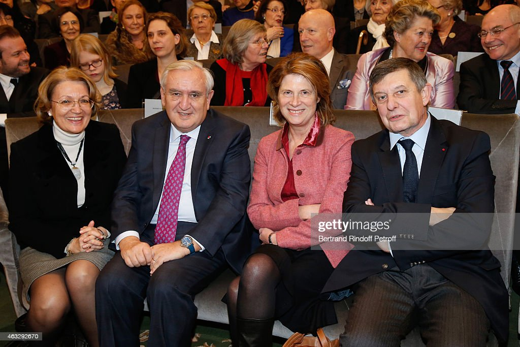 Politician <a gi-track='captionPersonalityLinkClicked' href=/galleries/search?phrase=Jean-Pierre+Raffarin&family=editorial&specificpeople=207154 ng-click='$event.stopPropagation()'>Jean-Pierre Raffarin</a> with his wife and Politician <a gi-track='captionPersonalityLinkClicked' href=/galleries/search?phrase=Jean-Pierre+Jouyet&family=editorial&specificpeople=2521501 ng-click='$event.stopPropagation()'>Jean-Pierre Jouyet</a> with his wife attend <a gi-track='captionPersonalityLinkClicked' href=/galleries/search?phrase=Xavier+Darcos&family=editorial&specificpeople=782029 ng-click='$event.stopPropagation()'>Xavier Darcos</a> becomes a Member of the Academie Francaise : Official Ceremony at Academie Francaise on February 12, 2015 in Paris, France.