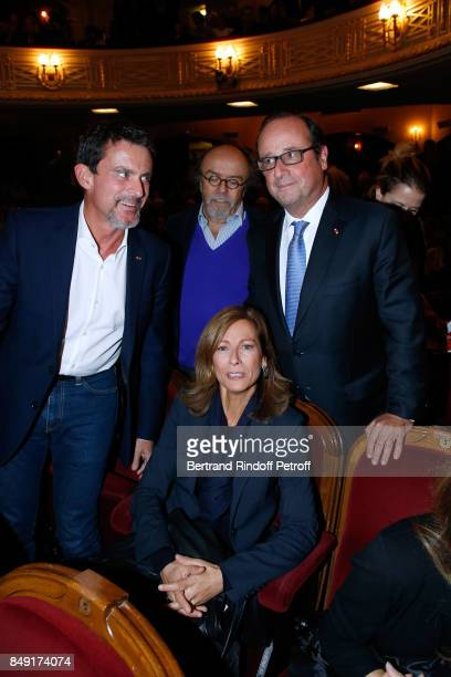 Politician Manuel Valls his wife violonist Anne Gravoin JeanMichel Ribes and former French President Francois Hollande attend 'La vraie vie' Theater...