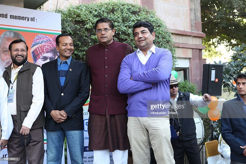 Politicians Prakash Javdekar, Navin Jindal, Jay Panda and RPN Singh during Vinatage car rally organised by the JK Tyre and Constitution Club of India on December 8, 2012 in New Delhi, India.