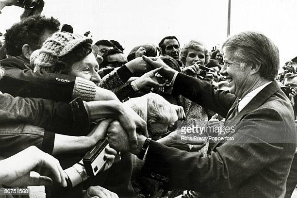 1977 President Jimmy Carter receives an enthusiastic welcome from local people in Washington England Jimmy Carter became the 39th President of the...