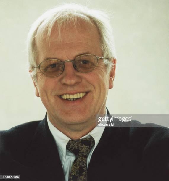 Politiker Bündnis 90 / Die Grünen D Botschafter in Chile 2001 Porträt 1998