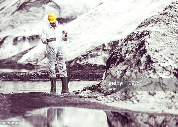 Umweltverschmutzung Wissenschaftler bei der Arbeit