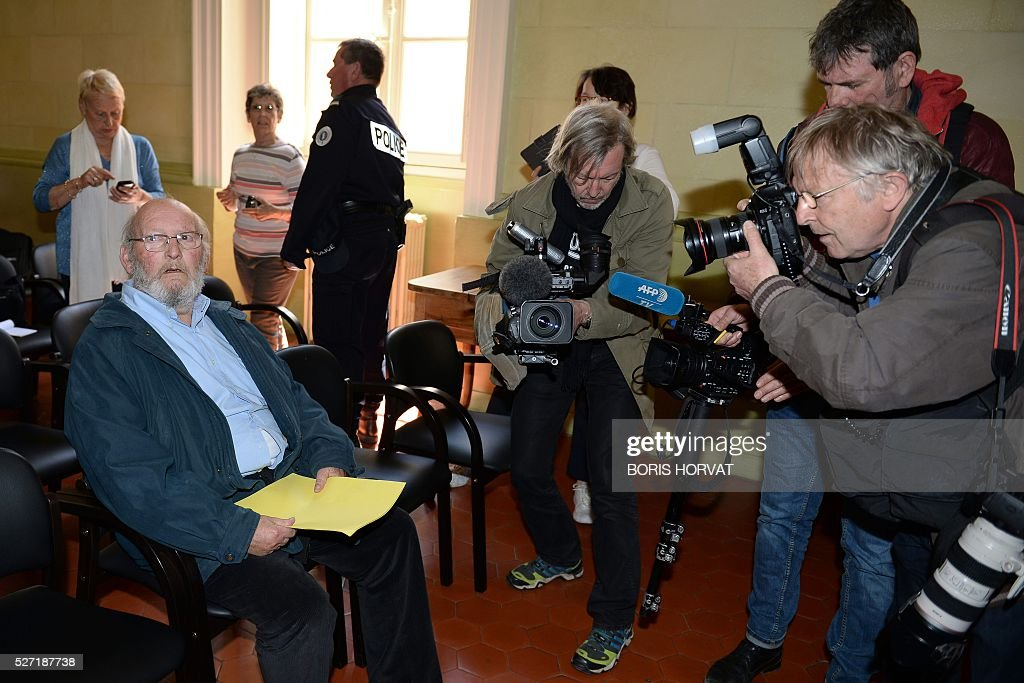 Poly Implant Prothese (PIP) founder Jean-Claude Mas (L) waits at the courthouse on May 2, 2016 in Aix-en-Provence, prior to his appeal trial, after having been sentenced in an initial trial to four years of imprisonment for allegedly selling faulty breast implants that sparked global health fears. France upholds jail term for Jean-Claude Mas on May 2, 2016. / AFP / BORIS