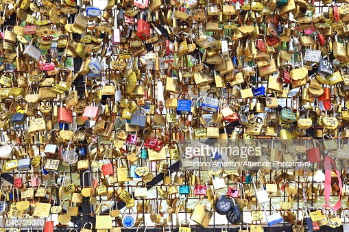 Pont (bridge) Neuf, Padlocks : Stock Photo