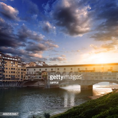 Ponte Vecchio and river Arno, Florence, Tuscany, Italy