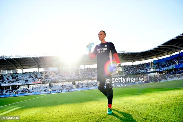 Pontus Dahlberg goalkeeper of IFK Goteborg before the Allsvenskan match between IFK Goteborg and AIK at Gamla Ullevi on August 10 2017 in Gothenburg...