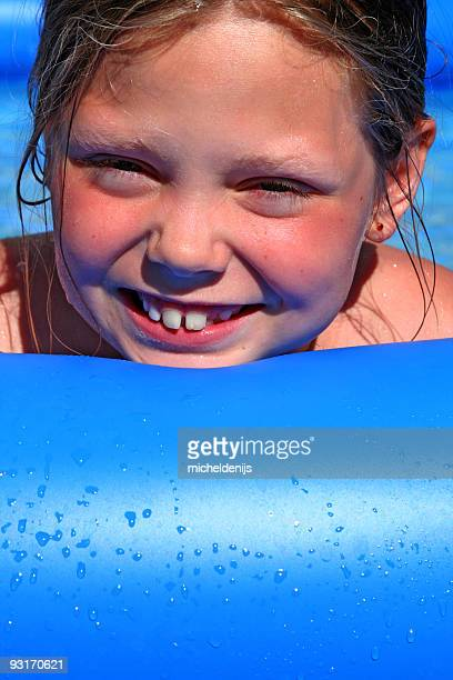 Fille de la piscine
