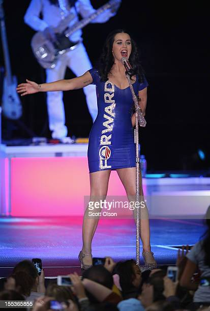 Pop artist Katy Perry performs at a campaign rally for President Barack Obama at the Delta Center on November 3 2012 in Milwaukee Wisconsin Wisconsin...