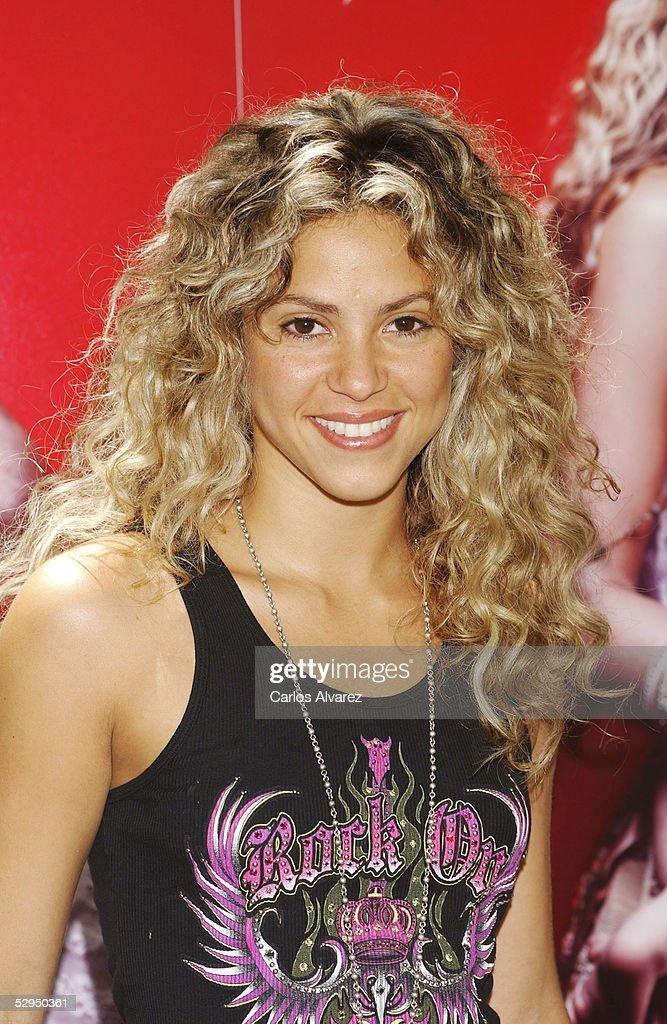 """Shakira Launches Her New Album """"Fijacion Oral"""""""
