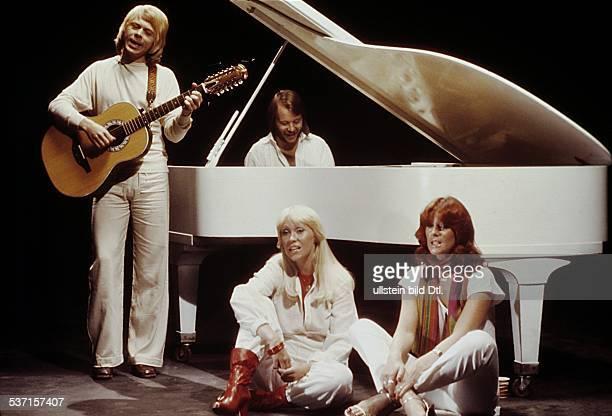 PopBand Schweden auf der Bühne mit Flügel 1977
