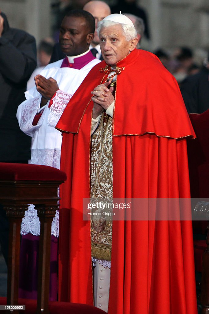 <a gi-track='captionPersonalityLinkClicked' href=/galleries/search?phrase=Pope+Benedict+XVI&family=editorial&specificpeople=201771 ng-click='$event.stopPropagation()'>Pope Benedict XVI</a> attends the celebration of the Immaculate Conception at the Spanish Steps on December 8, 2012 in Rome, Italy. This papal tradition marks the beginning of the Christmas season as the Pope visits the monument and crowns the statue of Mary with a garland of flowers.