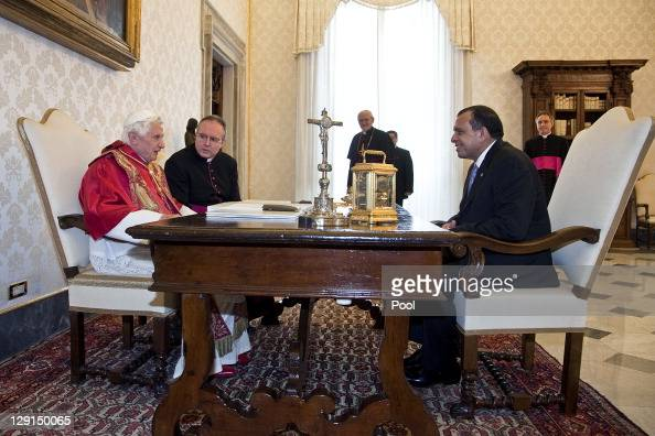 Pope Benedict XVI meets with Honduran President Porfirio Lobo Sosa at the Pope's private library on October 13 2011 in Vatican City the Vatican