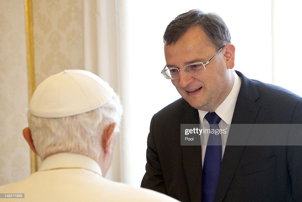 <a gi-track='captionPersonalityLinkClicked' href=/galleries/search?phrase=Pope+Benedict+XVI&family=editorial&specificpeople=201771 ng-click='$event.stopPropagation()'>Pope Benedict XVI</a> (L) meets with Prime Minister of the Czech Republic <a gi-track='captionPersonalityLinkClicked' href=/galleries/search?phrase=Petr+Necas&family=editorial&specificpeople=3014277 ng-click='$event.stopPropagation()'>Petr Necas</a> at his private library on May 25, 2012 in Vatican City, Vatican.
