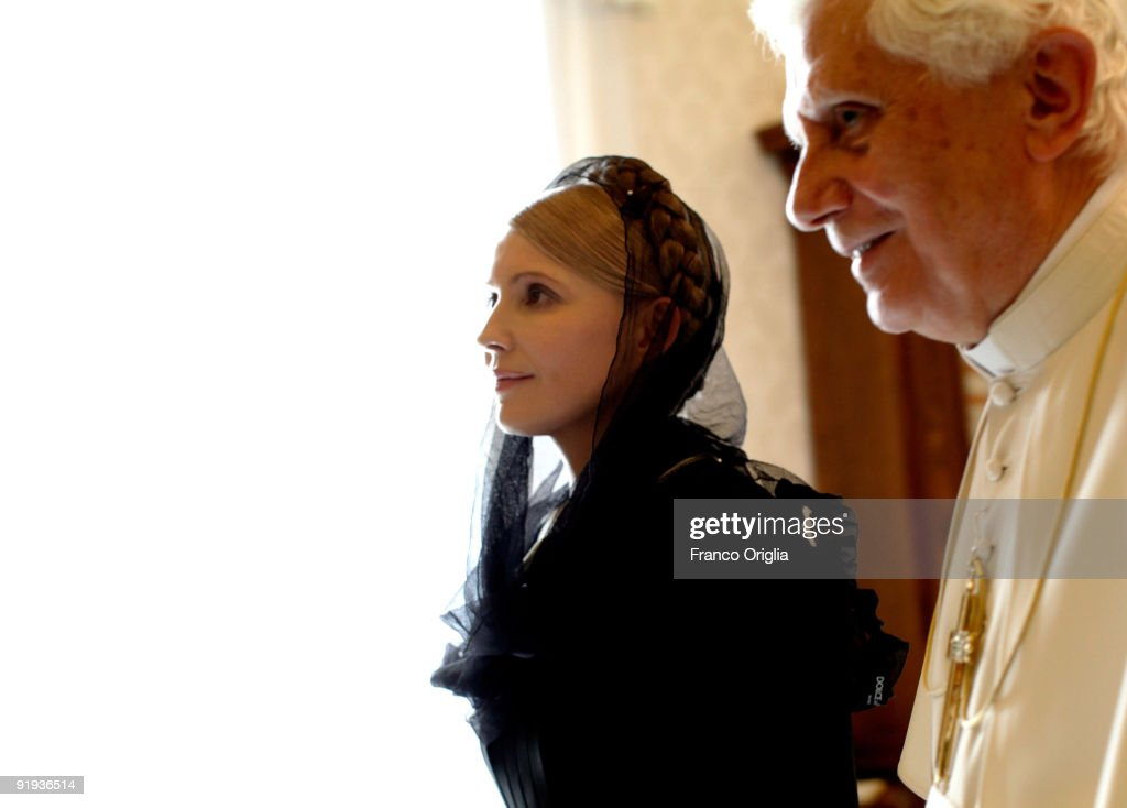 <a gi-track='captionPersonalityLinkClicked' href=/galleries/search?phrase=Pope+Benedict+XVI&family=editorial&specificpeople=201771 ng-click='$event.stopPropagation()'>Pope Benedict XVI</a> (R) meets with Ukrainian Prime Minister <a gi-track='captionPersonalityLinkClicked' href=/galleries/search?phrase=Yulia+Tymoshenko&family=editorial&specificpeople=546280 ng-click='$event.stopPropagation()'>Yulia Tymoshenko</a> at his library on October 16, 2009 in Vatican City, Vatican. Tymoshenko will also go to Jerusalem before heading back to the Ukraine for the presidential elections that begin on October 19.