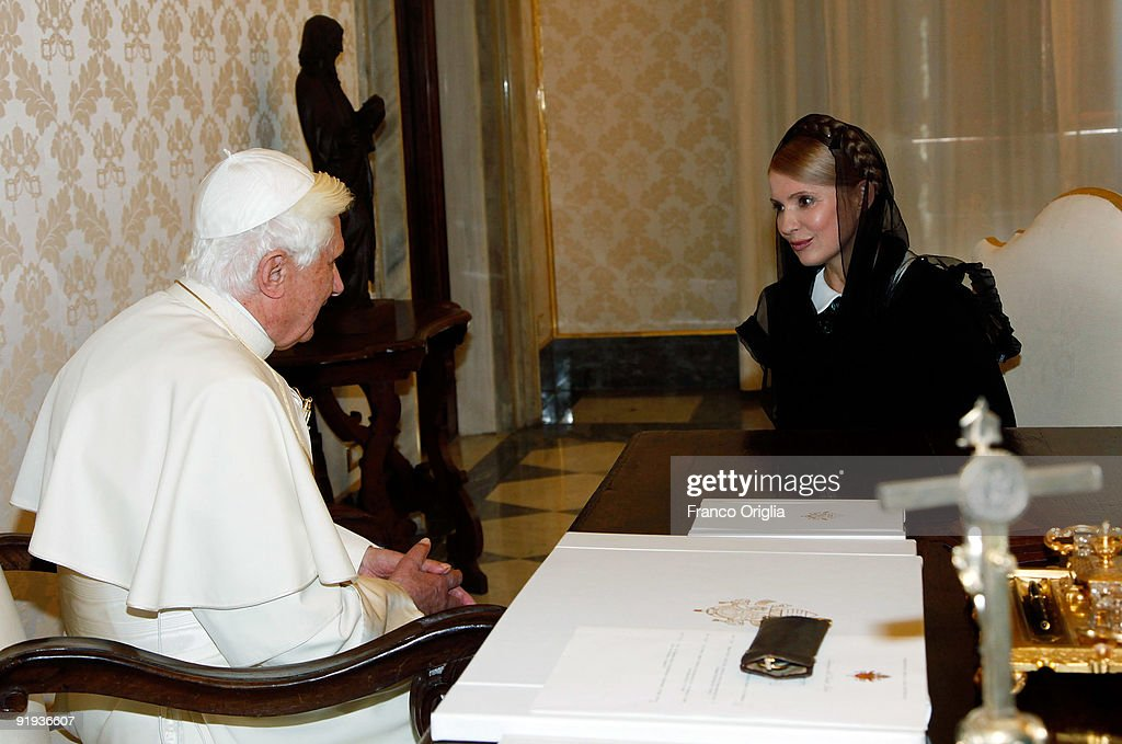 <a gi-track='captionPersonalityLinkClicked' href=/galleries/search?phrase=Pope+Benedict+XVI&family=editorial&specificpeople=201771 ng-click='$event.stopPropagation()'>Pope Benedict XVI</a> (L) meets with Ukrainian Prime Minister <a gi-track='captionPersonalityLinkClicked' href=/galleries/search?phrase=Yulia+Tymoshenko&family=editorial&specificpeople=546280 ng-click='$event.stopPropagation()'>Yulia Tymoshenko</a> at his library on October 16, 2009 in Vatican City, Vatican. Tymoshenko will also go to Jerusalem before heading back to the Ukraine for the presidential elections that begin on October 19.