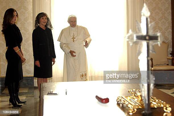 Pope Benedict XVI met US first lady Laura Bush and her daughter Barbara during a private audience in the pontiff's private library at the Vatican on...