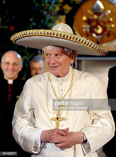 Pope Benedict XVI wears a sombrero in Leon Mexico on March 25 2012 AFP PHOTO / OSSERVATORE ROMANO == RESTRICTED TO EDITORIAL USE / MANDATORY CREDIT...