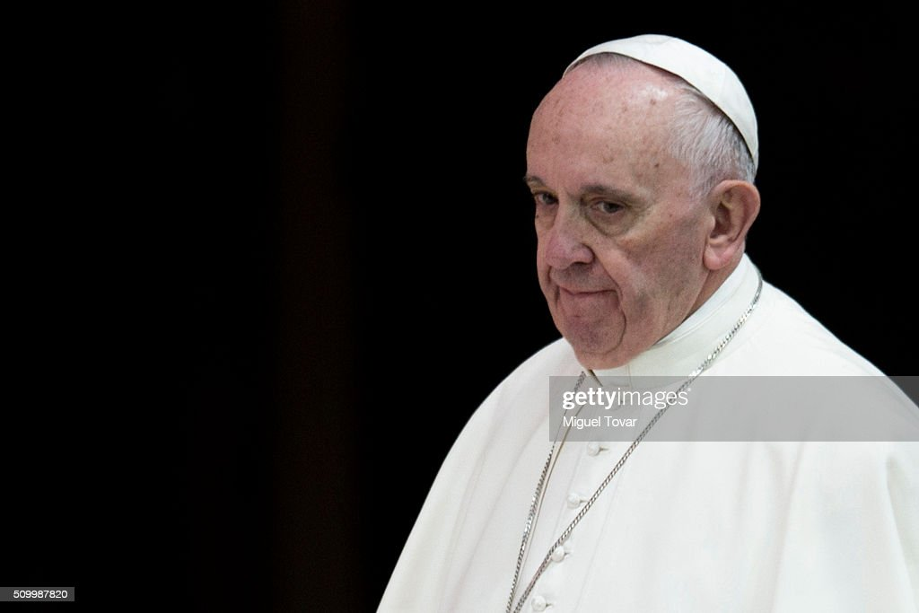 Pope Francis arrives to his welcome ceremony at Palacio Nacional on February 13, 2016 in Mexico City, Mexico. Pope Francis will be on a five days visit in Mexico from February 12 to 17 where he is expected to visit five states.