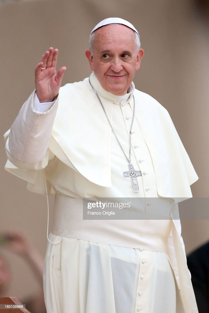 <a gi-track='captionPersonalityLinkClicked' href=/galleries/search?phrase=Pope+Francis&family=editorial&specificpeople=2499404 ng-click='$event.stopPropagation()'>Pope Francis</a> attends a the meeting with the youth at Santa Maria Degli Angeli Basilica during his visit to Assisi on October 4, 2013 in Assisi, Italy. During the Mass <a gi-track='captionPersonalityLinkClicked' href=/galleries/search?phrase=Pope+Francis&family=editorial&specificpeople=2499404 ng-click='$event.stopPropagation()'>Pope Francis</a> called for an end to armed conflict and clarified the notion of Franciscan peace during the Mass he presided for the feast of St. Francis on Friday in Assisi.