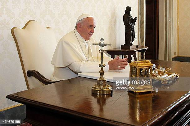 Pope Francis attends an audience with President of Panama Juan Carlos Varela at his private library of the Apostolic Palace on September 5 2014 in...