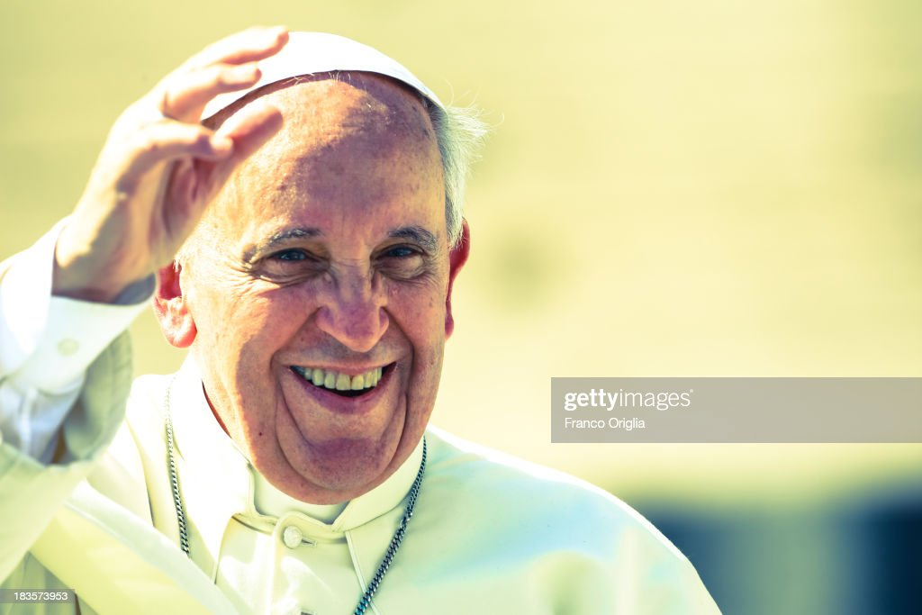 <a gi-track='captionPersonalityLinkClicked' href=/galleries/search?phrase=Pope+Francis&family=editorial&specificpeople=2499404 ng-click='$event.stopPropagation()'>Pope Francis</a> attends his weekly General Audience in St. Peter's Square on September 18, 2013 in Vatican City, Vatican. After the success of his Social networking accounts of Twitter and Facebook, <a gi-track='captionPersonalityLinkClicked' href=/galleries/search?phrase=Pope+Francis&family=editorial&specificpeople=2499404 ng-click='$event.stopPropagation()'>Pope Francis</a> joined Instagram, reporting today more than 8000 followers.