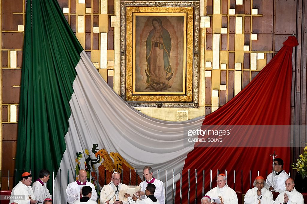 Pope Francis celebrates Holy Mass in the Basilica of Our Lady of Guadalupe in Mexico City on February 13, 2016. Pope Francis is in Mexico for a trip encompassing two of the defining themes of his papacy: bridge-building diplomacy and his concern for migrants seeking a better life. AFP PHOTO / GABRIEL BOUYS / AFP / GABRIEL BOUYS