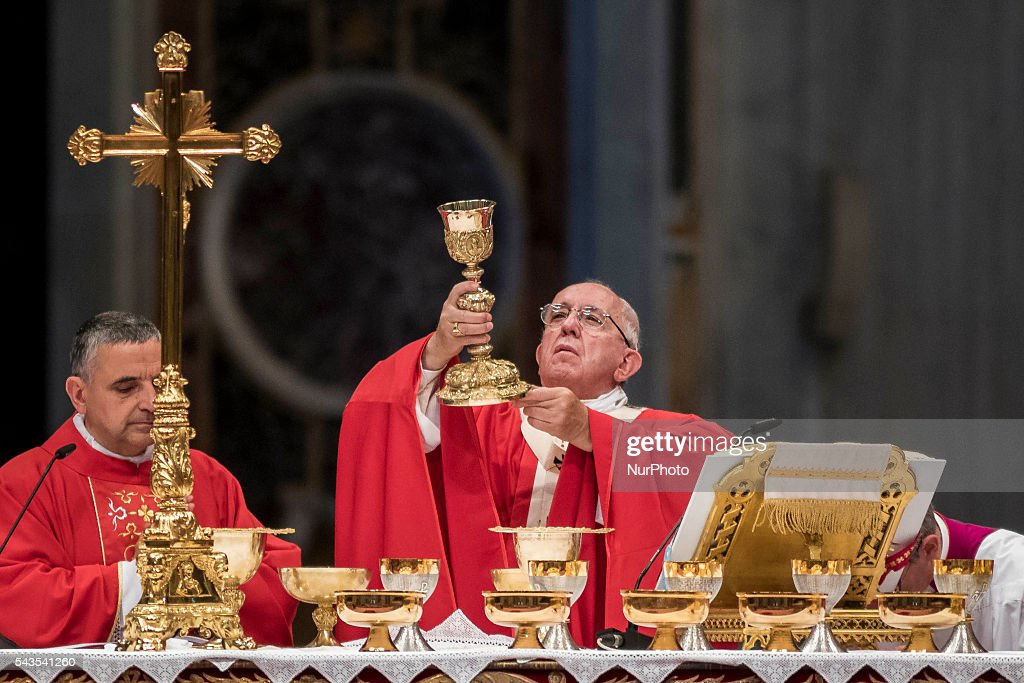 <a gi-track='captionPersonalityLinkClicked' href=/galleries/search?phrase=Pope+Francis&family=editorial&specificpeople=2499404 ng-click='$event.stopPropagation()'>Pope Francis</a> celebrates the Holy Mass with the imposition of the Pallium upon the new Metropolitan Archbishops during the Solemnity of Saints Peter and Paul at St. Peter's Basilica in Vatican City, Vatican on June 29, 2016. The pallium, a woolen shawl symbolizing the bond beetween Metropolitan Archbishops and the Pope, is an ecclesiastical vestment in the Catholic Church.