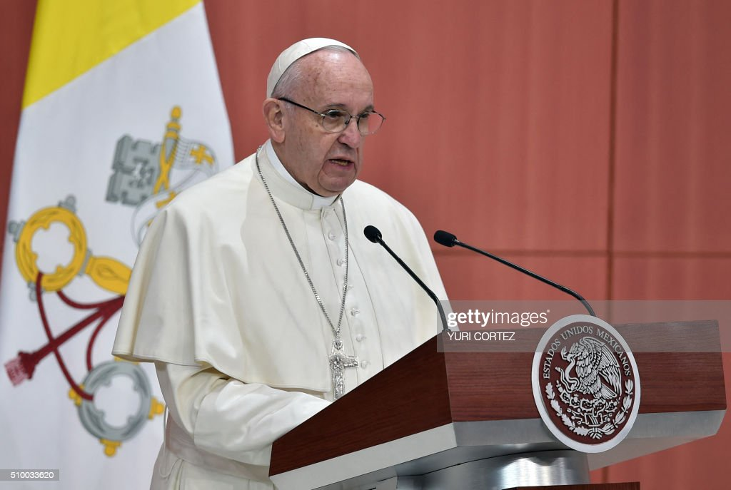 Pope Francis delivers his message at the National Palace on February 13, 2016 in Mexico City. Pope Francis called on Mexico's leaders Saturday to provide 'true justice' and security to citizens hit by drug violence as he addressed politicians at the National Palace. AFP PHOTO/ Yuri CORTEZ / AFP / YURI CORTEZ