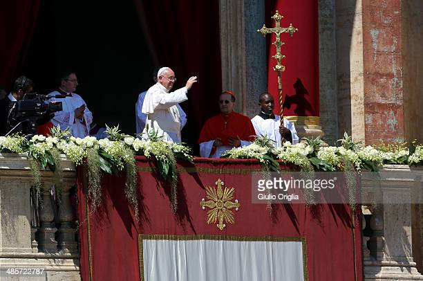 Pope Francis delivers his 'Urbi Et Orbi' blessing during Easter Mass in St Peter's Square on April 20 2014 in Vatican City Vatican The Holy Father...