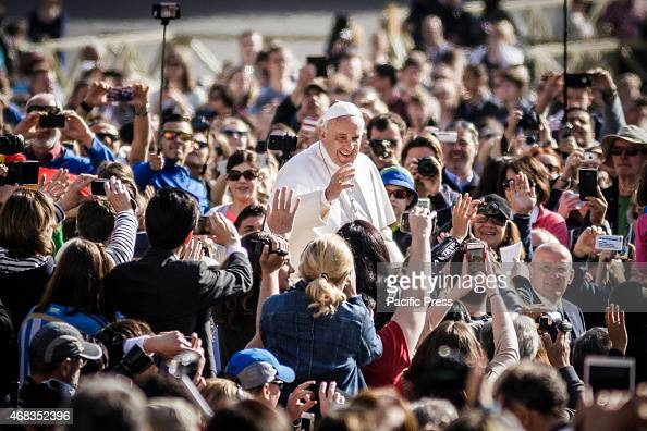 Pope Francis greets the faithful as he attends Weekly General Audience on the Wednesday of Holy Week at St Peter's Square on April 01 2015 in Vatican...