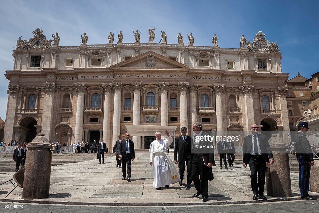 <a gi-track='captionPersonalityLinkClicked' href=/galleries/search?phrase=Pope+Francis&family=editorial&specificpeople=2499404 ng-click='$event.stopPropagation()'>Pope Francis</a> greets the faithful as he leaves at the end of his Weekly General Audience in St. Peter's Square in Vatican City, Vatican on May 25, 2016. At the conclusion of his weekly General Audience, <a gi-track='captionPersonalityLinkClicked' href=/galleries/search?phrase=Pope+Francis&family=editorial&specificpeople=2499404 ng-click='$event.stopPropagation()'>Pope Francis</a> prayed for the victims of terrorist attacks that took place in Syria on Monday.