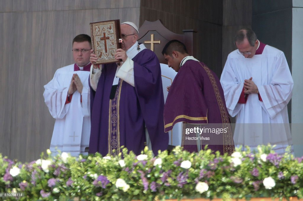 <a gi-track='captionPersonalityLinkClicked' href=/galleries/search?phrase=Pope+Francis&family=editorial&specificpeople=2499404 ng-click='$event.stopPropagation()'>Pope Francis</a> leads a mass for the people at El Caracol on February 14, 2016 in Ecatepec, Mexico. <a gi-track='captionPersonalityLinkClicked' href=/galleries/search?phrase=Pope+Francis&family=editorial&specificpeople=2499404 ng-click='$event.stopPropagation()'>Pope Francis</a> is on a five days visit in Mexico from February 12 to 17 where he is expected to visit five states.