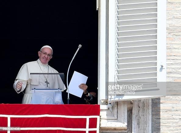 VATICAN-POPE-ANGELUS : News Photo