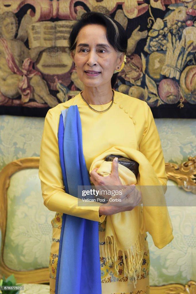 Pope Francis Meets Daw Aung San Suu Kyi