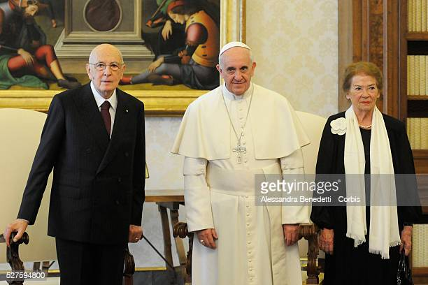 Pope Francis meets italian President Giorgio Napolitano at His Private Library at the VaticanPhoto by Stefano Carofei/Vatican Pool