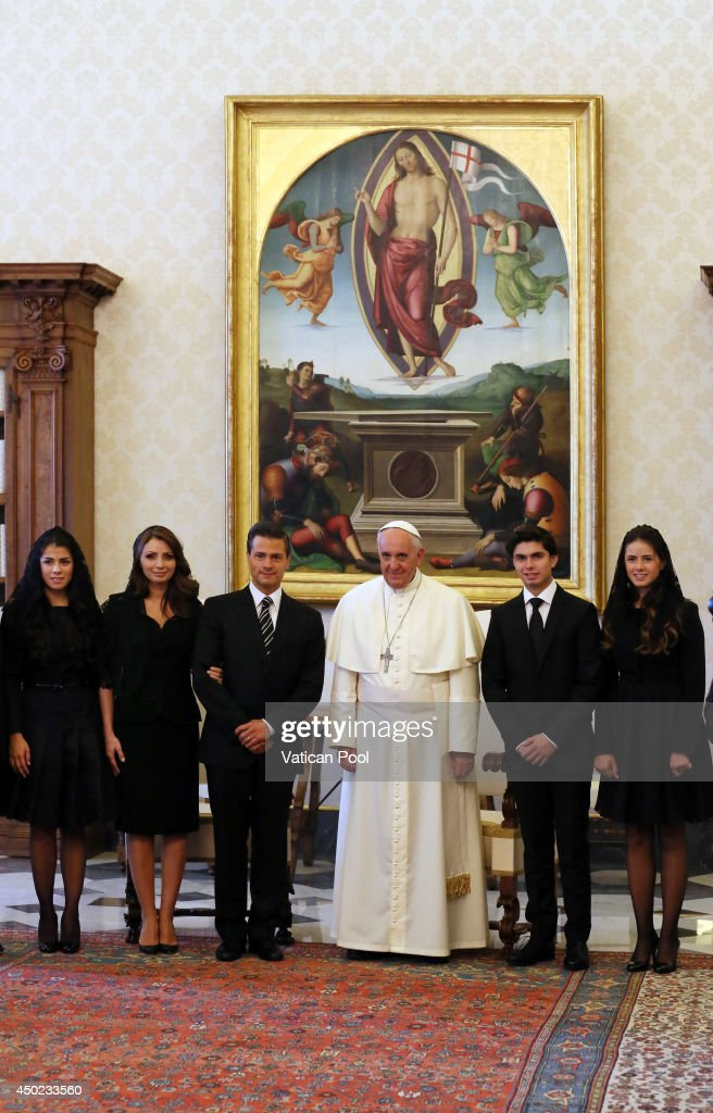 <a gi-track='captionPersonalityLinkClicked' href=/galleries/search?phrase=Pope+Francis&family=editorial&specificpeople=2499404 ng-click='$event.stopPropagation()'>Pope Francis</a> meets President of the United Mexican States <a gi-track='captionPersonalityLinkClicked' href=/galleries/search?phrase=Enrique+Pena+Nieto&family=editorial&specificpeople=5957985 ng-click='$event.stopPropagation()'>Enrique Pena Nieto</a>, first lady <a gi-track='captionPersonalityLinkClicked' href=/galleries/search?phrase=Angelica+Rivera&family=editorial&specificpeople=4327597 ng-click='$event.stopPropagation()'>Angelica Rivera</a> and their delegation at the Pontiff's private library in the Apostolic Palace on June 7, 2014 in Vatican City, Vatican. The Pope and the President held cordial discussions, during the course of which they touched on several issues, including recent reforms in Mexico, in particular the constitutional amendments regarding religious freedom.
