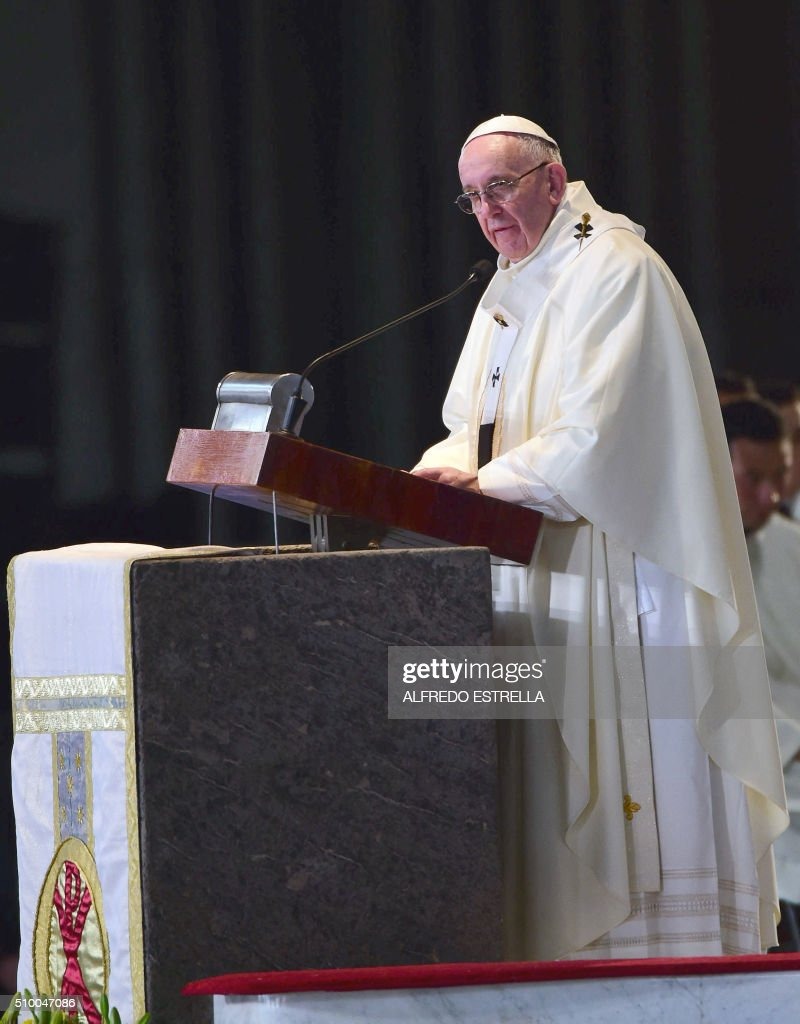 Pope Francis officiates mass at the Guadalupe Basilica in Mexico City on February 13, 2016. The pope urged Mexican bishops Saturday to take on drug trafficking with 'prophetic courage,' warning that it represents a moral challenge to society and the church. AFP PHOTO / Alfredo ESTRELLA / AFP / ALFREDO ESTRELLA