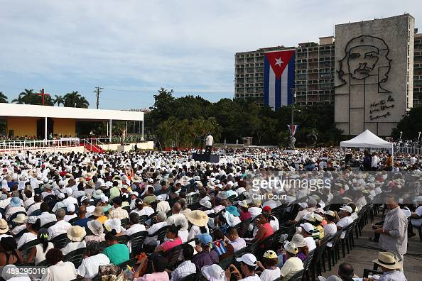 Pope Francis performs Mass on September 20 2015 in Revolution Square in Havana Cuba Pope Francis is on the first full day of his three day visit to...
