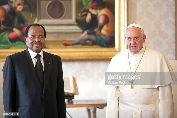 Pope Francis receives in audience Cameroon President Paul Biya at Vatican Apostolic Palace on October 18 2013 in Vatican City Vatican During the...