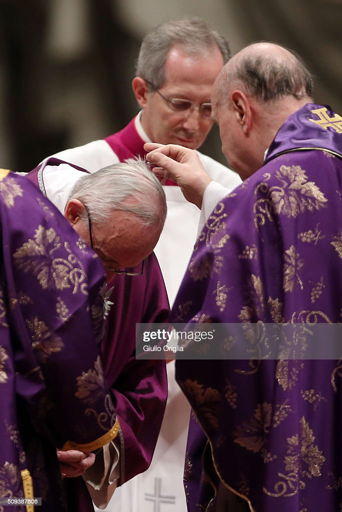 <a gi-track='captionPersonalityLinkClicked' href=/galleries/search?phrase=Pope+Francis&family=editorial&specificpeople=2499404 ng-click='$event.stopPropagation()'>Pope Francis</a> receives the imposition of the ashes as he celebrates Ash Wednesday Mass at St. Peter's Basilica on February 10, 2016 in Vatican City, Vatican.