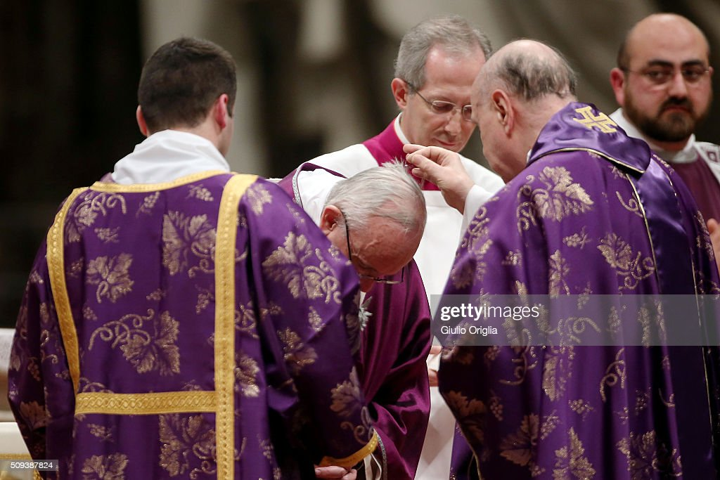 Pope Francis receives the imposition of the ashes as he celebrates Ash Wednesday Mass at St. Peter's Basilica on February 10, 2016 in Vatican City, Vatican.