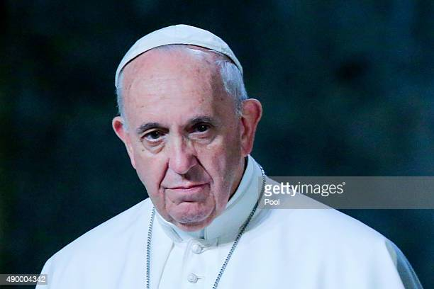 Pope Francis speaks during a ceremony inside the 9/11 Memorial and Museum on September 25 2015 in New York City Pope Francis is on a sixday trip to...