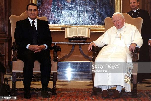 Pope John Paul II meets Egyptian President Hosni Mubarak at his private library in the Apostolic Palace on February 20 2001 in Vatican City Vatican