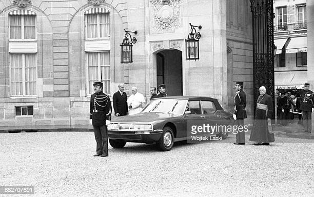Pope John Paul II's apostolic journey to France A visit at the Elysee Palace the official residence of the President of the French Republic on May...